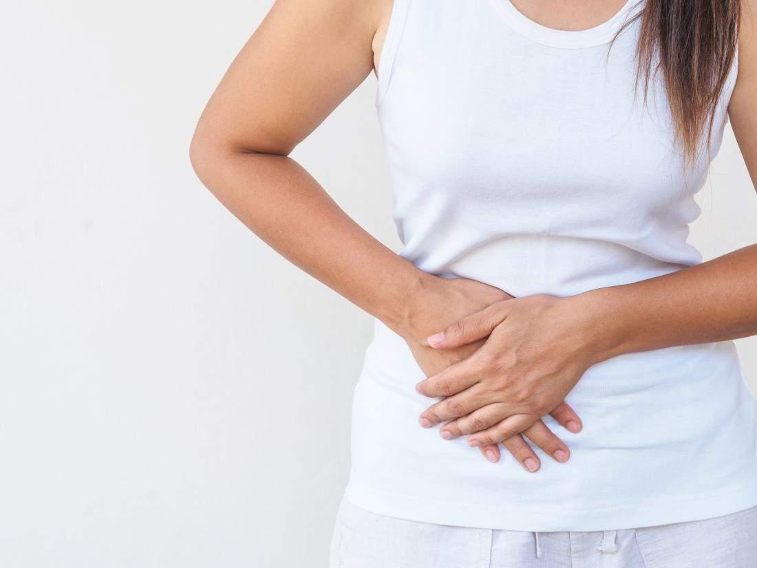 4 simptome aparent banale, care trădează cancerul ovarian